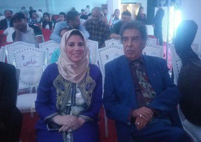مع الفنان عبد الوهاب الدكالي بمهرجان الشعر بالناظور
